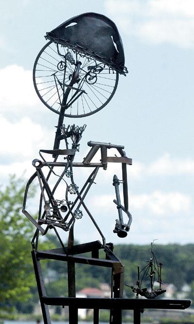 Sculpture of Henry Hudson