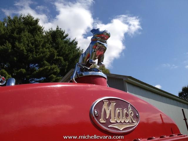 1951 Mack